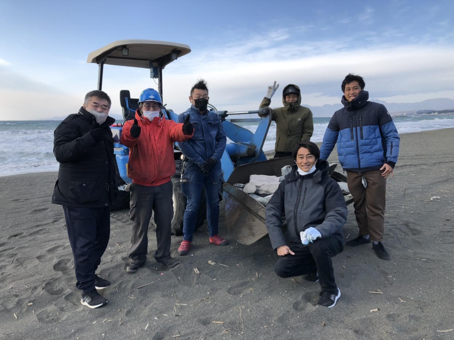 新年平塚海岸清掃活動の模様です。